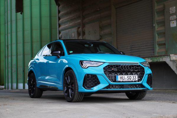 Audi RSQ3 Sportback Miamiblau